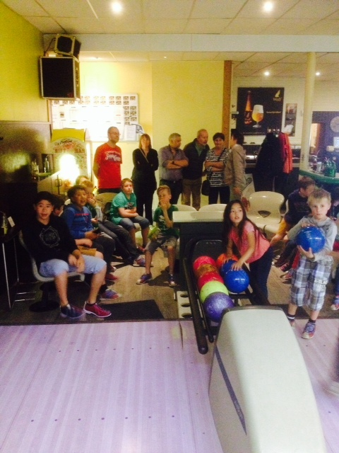 Foto 1 bowling met jeugd
