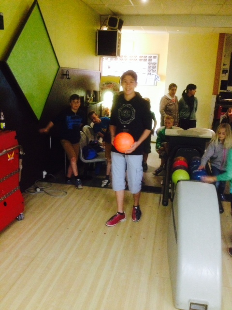 Foto 6 bowling met jeugd
